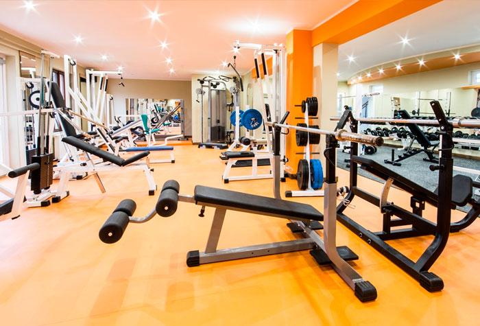 A sala de musculação não pode ser escura para não dar sono e não gerar cansaço. (Foto: Reprodução/Interconectada)